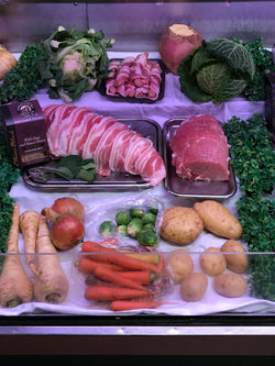 Regular Christmas Turkey And Veg Box Serves 4-6