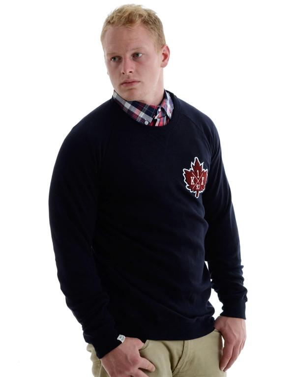 K1X Vintage Crest Sweater hos Stillo