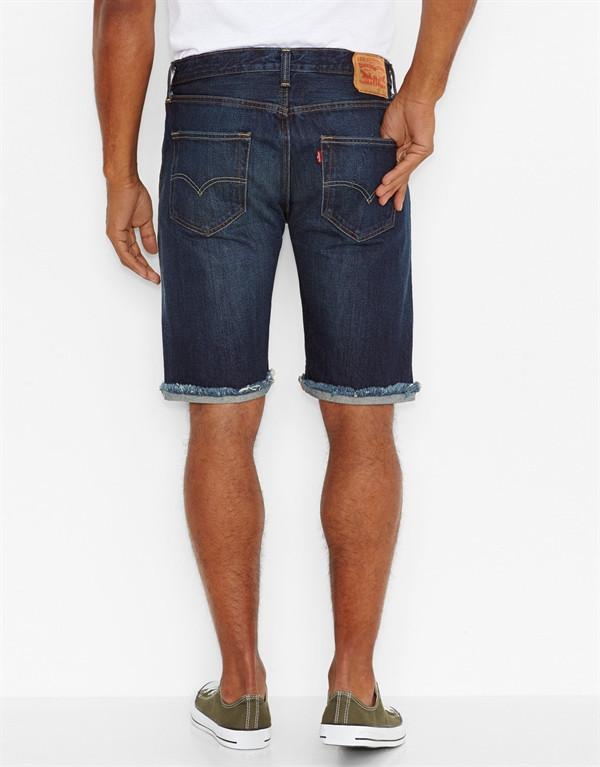 Levi's Original Fit Cut-Off Shorts hos Stillo