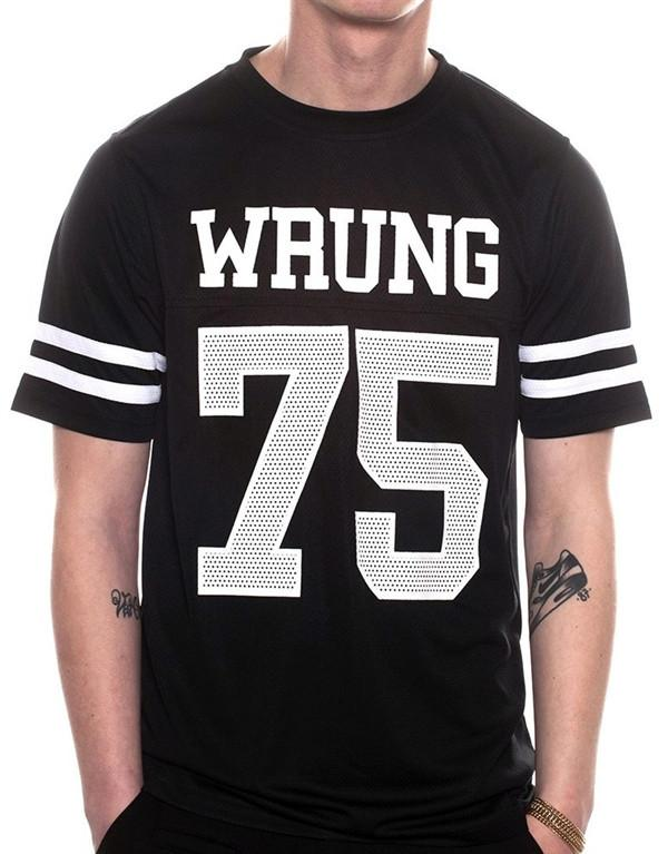 Wrung Beast T-Shirt hos Stillo