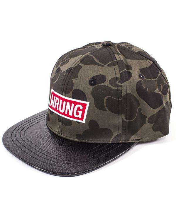 Wrung Jungle Snapback hos Stillo