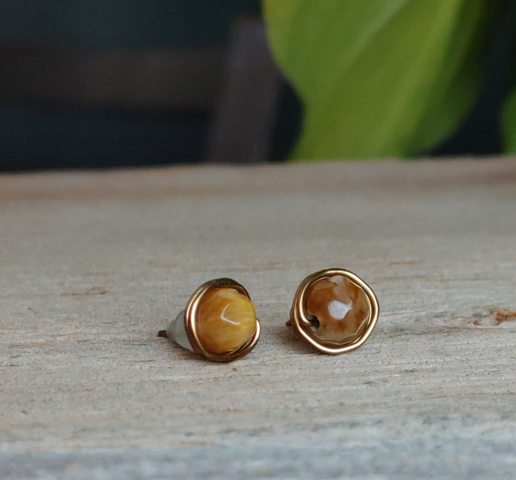 tiger-eye-stud-earrings-antique-brass-wire