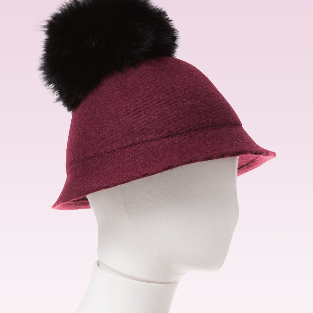 Pom Pom Wool Cloche Hat Wine mannequin