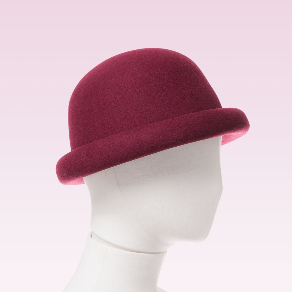 Wool Bell Hat Wine mannequin