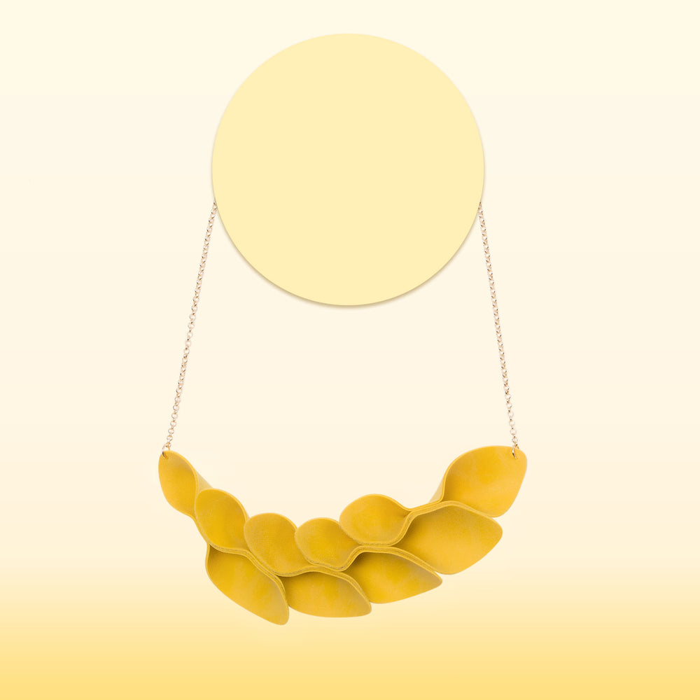 Leaflets Necklace (Mustard)