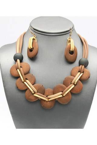 Natural Wood Collar Magnetic Necklace Set 18 inch.