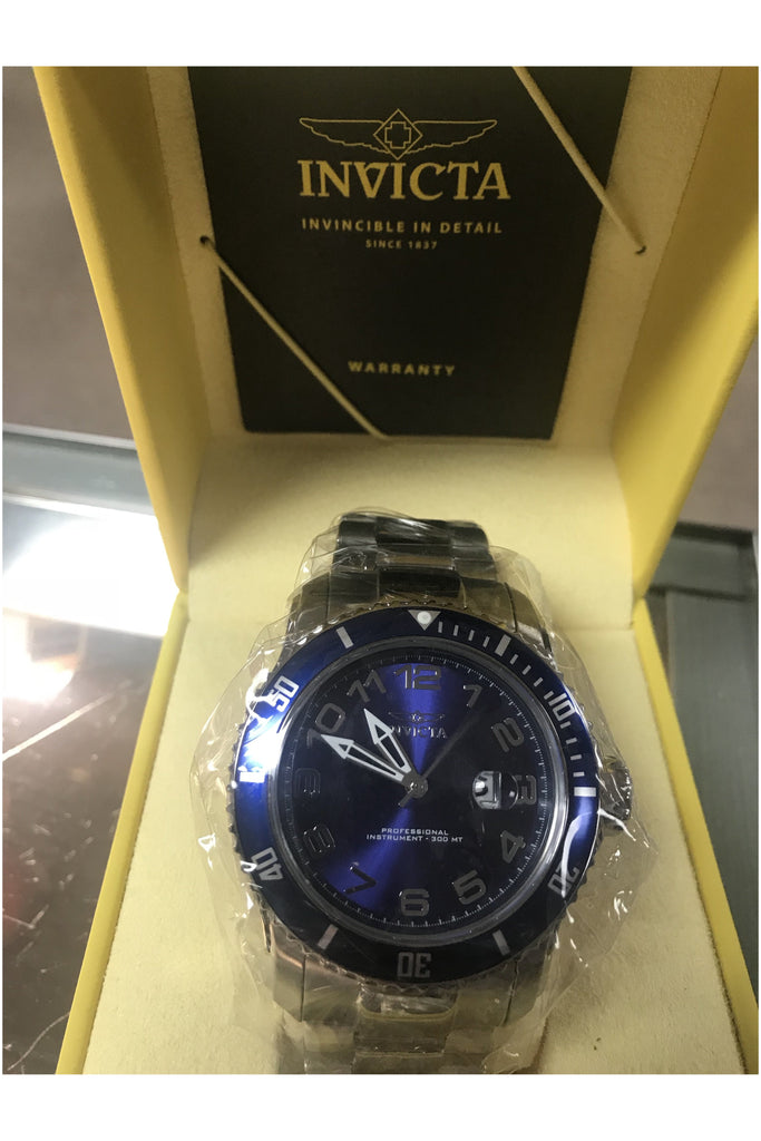 Invicta Watch - Slash/Tags Consignment Boutique