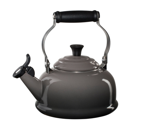 Le Creuset Classic Whistling Kettle - Oyster