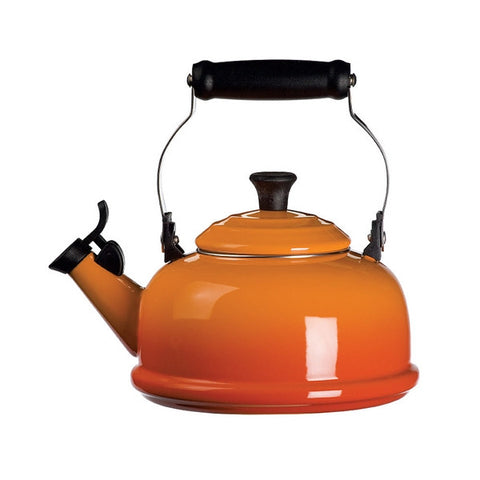 Le Creuset Whistling Kettle - Flame