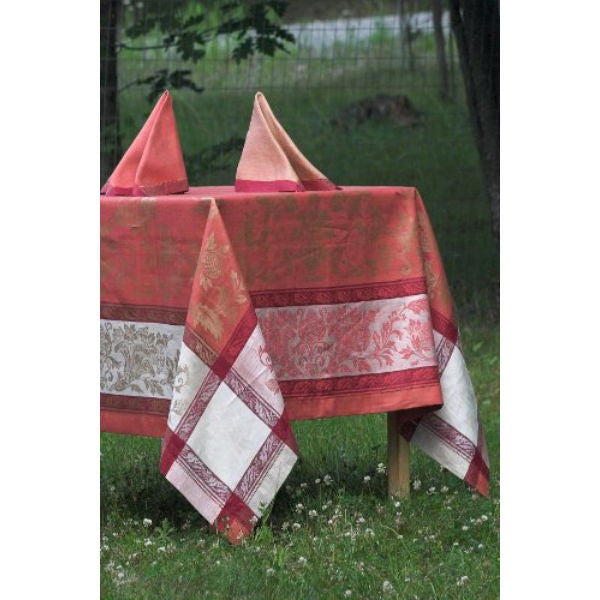 Linen Way Versailles Coral & Gold Tablecloths