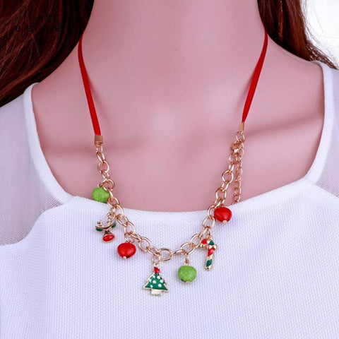 Holiday Multi-Pendant Necklace - Value Grabs