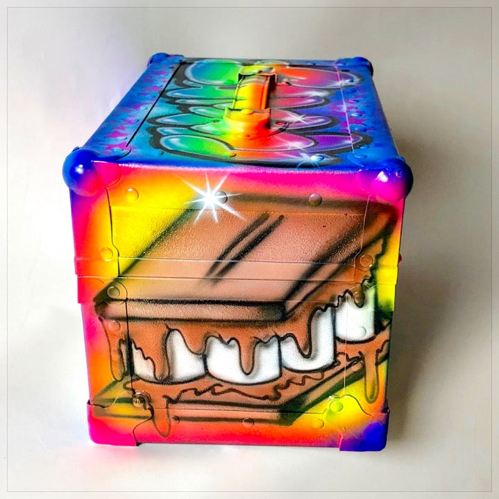 Airbrushed Mini Trunk