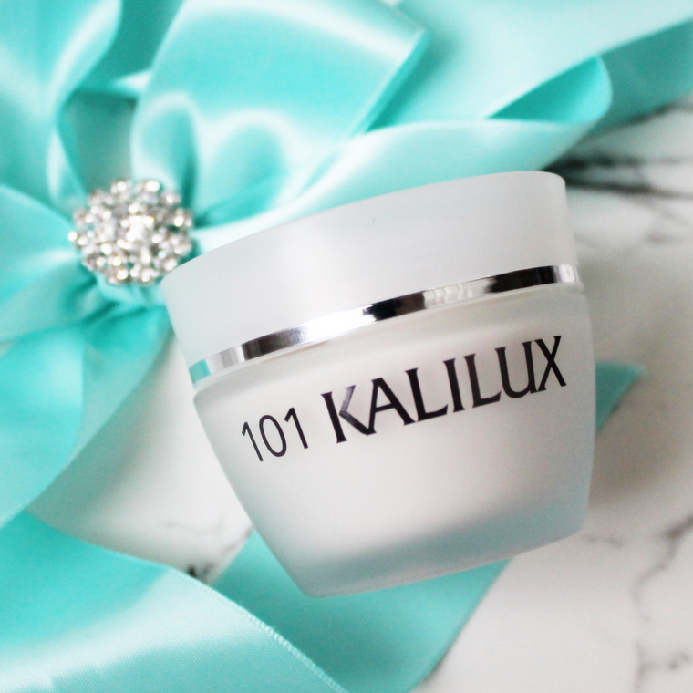 For flawless skin all year long this moisturizer does not disappoint.  Kalilux with Alpha Hydroxy stimulates collagen, protects against aging. moisturizes and plumps fine lines.