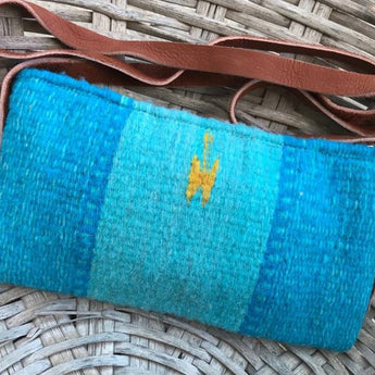 Wool crossbag with thin leather strap handmade in Oaxaca