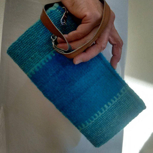 Turquoise Wool wristlet with detachable leather handle ethically made in Mexico