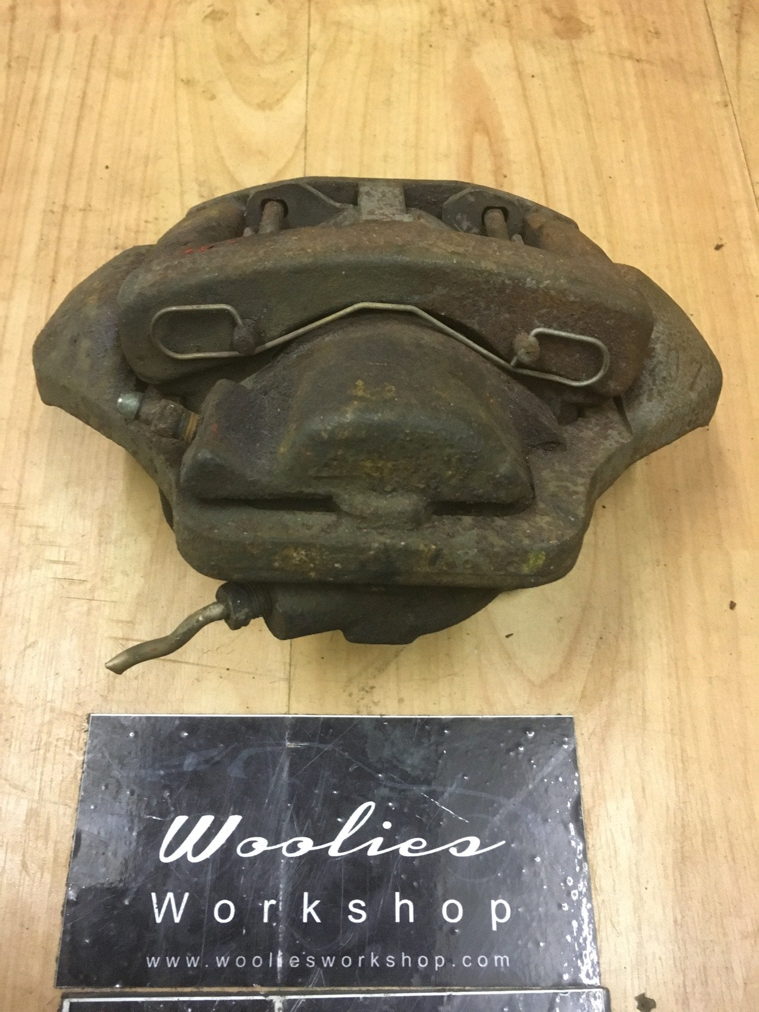 Porsche 924S 944 front left brake caliper 944 351 429 00 - Porsche Spares UK Ltd