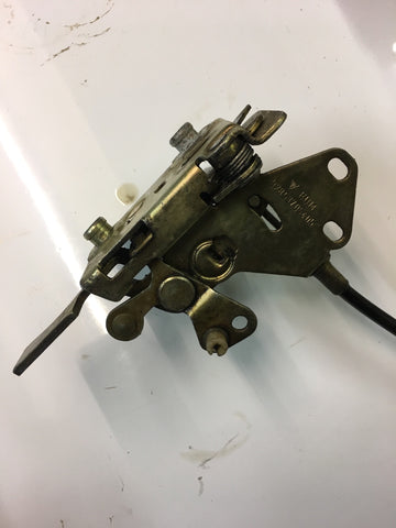 Porsche 924 944 door lock mechanism 92853705405  right hand side - Woolies Workshop - Porsche spares
