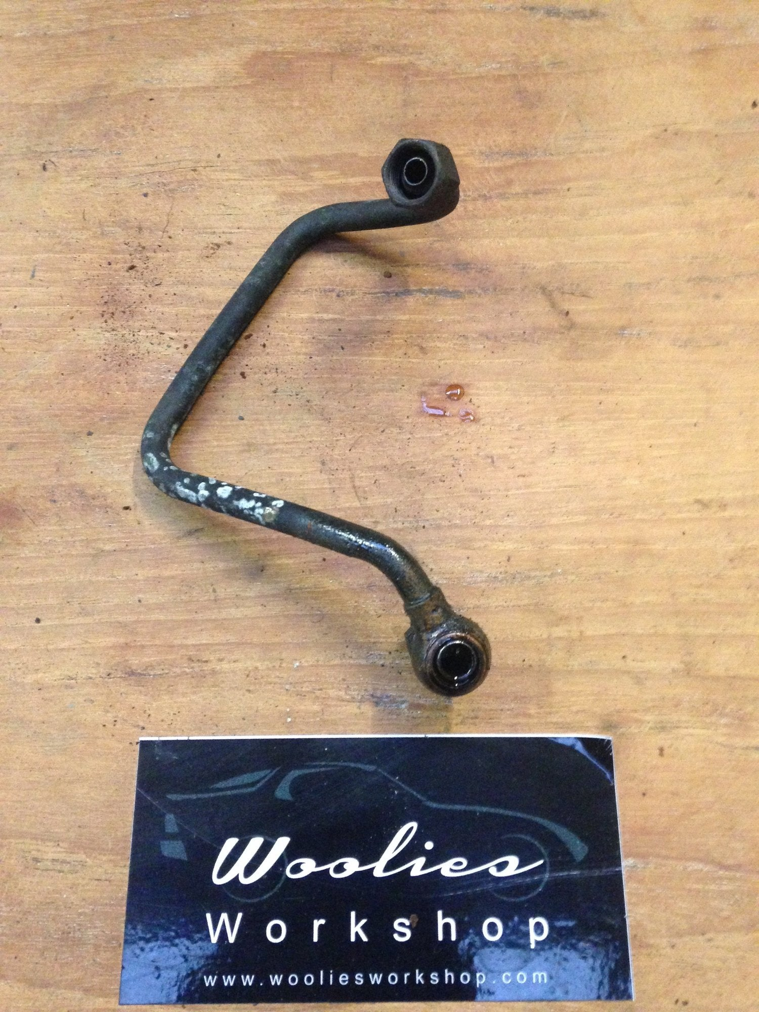 Porsche 924 turbo oil feed pipe 931 107 109 05 - Woolies Workshop - Porsche 924 944 spares
