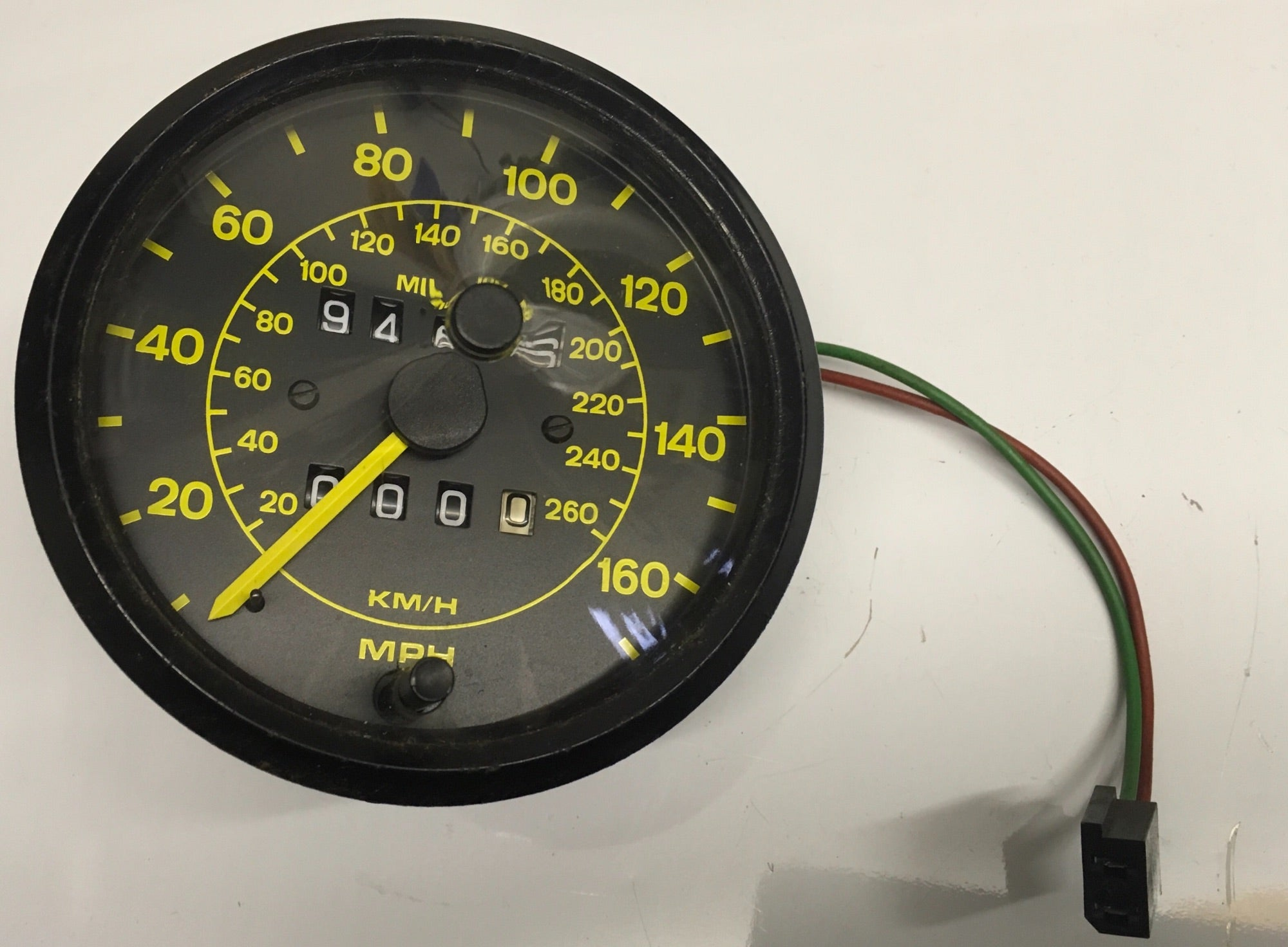 Porsche 944 speedometer showing 94606 miles. Pt No, 94464103600. ((Ref green 4)) - Porsche Spares UK Ltd