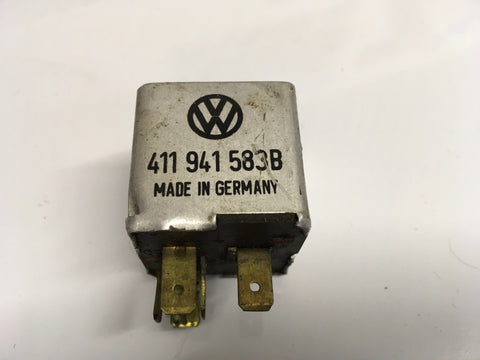 Porsche 924/944/VW/Audi low beam Relay 411942583B