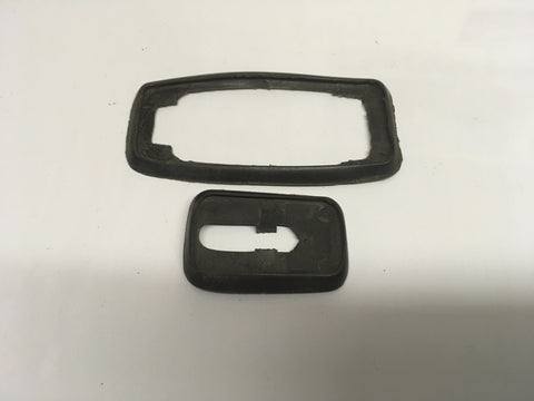 Porsche 924/944 exterior door handle seal kit. 171 837 209 b / 131837211a. ((Ref LB10a)) - Porsche Spares UK Ltd
