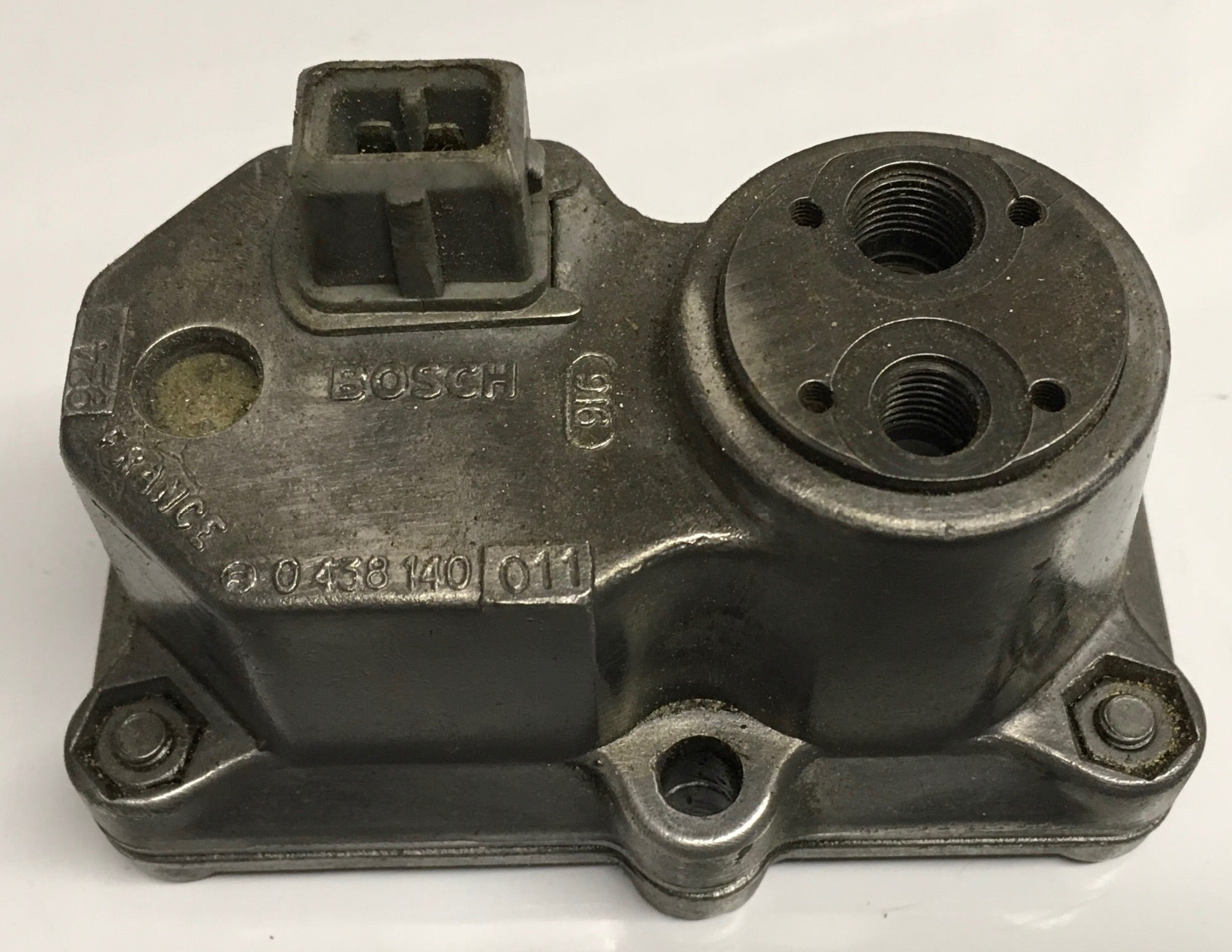 Porsche 924 warm up regulator (WUR) Bosch 0 438 140 011. ((Ref Green 5)) - Porsche Spares UK Ltd