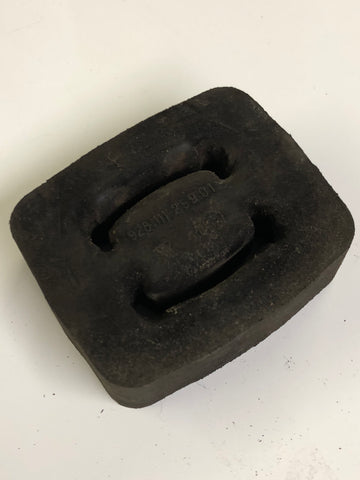 Porsche 924 944 928 928 111 259 02 Exhaust Rubber Mounting ((CB55)) - Woolies Workshop - Porsche 924 944 spares
