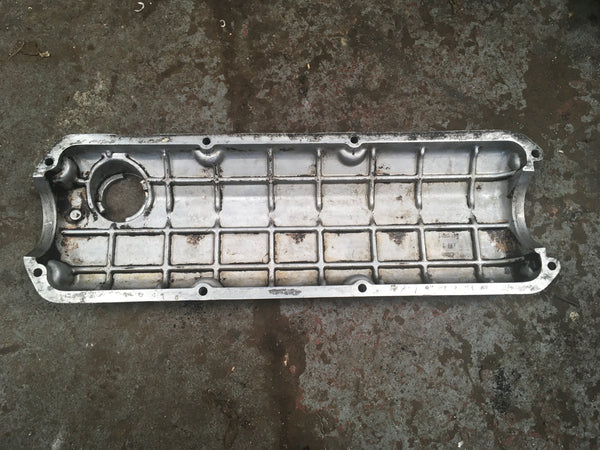 Porsche 924 2.0 rocker cover 047 103 475 ((C11)) - Porsche Spares UK Ltd