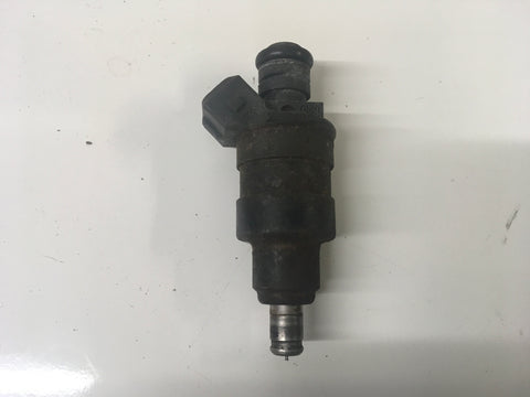 Porsche 944 924S 911 injector. 0280150158. ((LB100)) - Porsche Spares UK Ltd