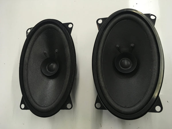 Porsche 924/944 MAYSTAR aftermarket 45W speakers pair ((CB33b)) - Porsche Spares UK Ltd