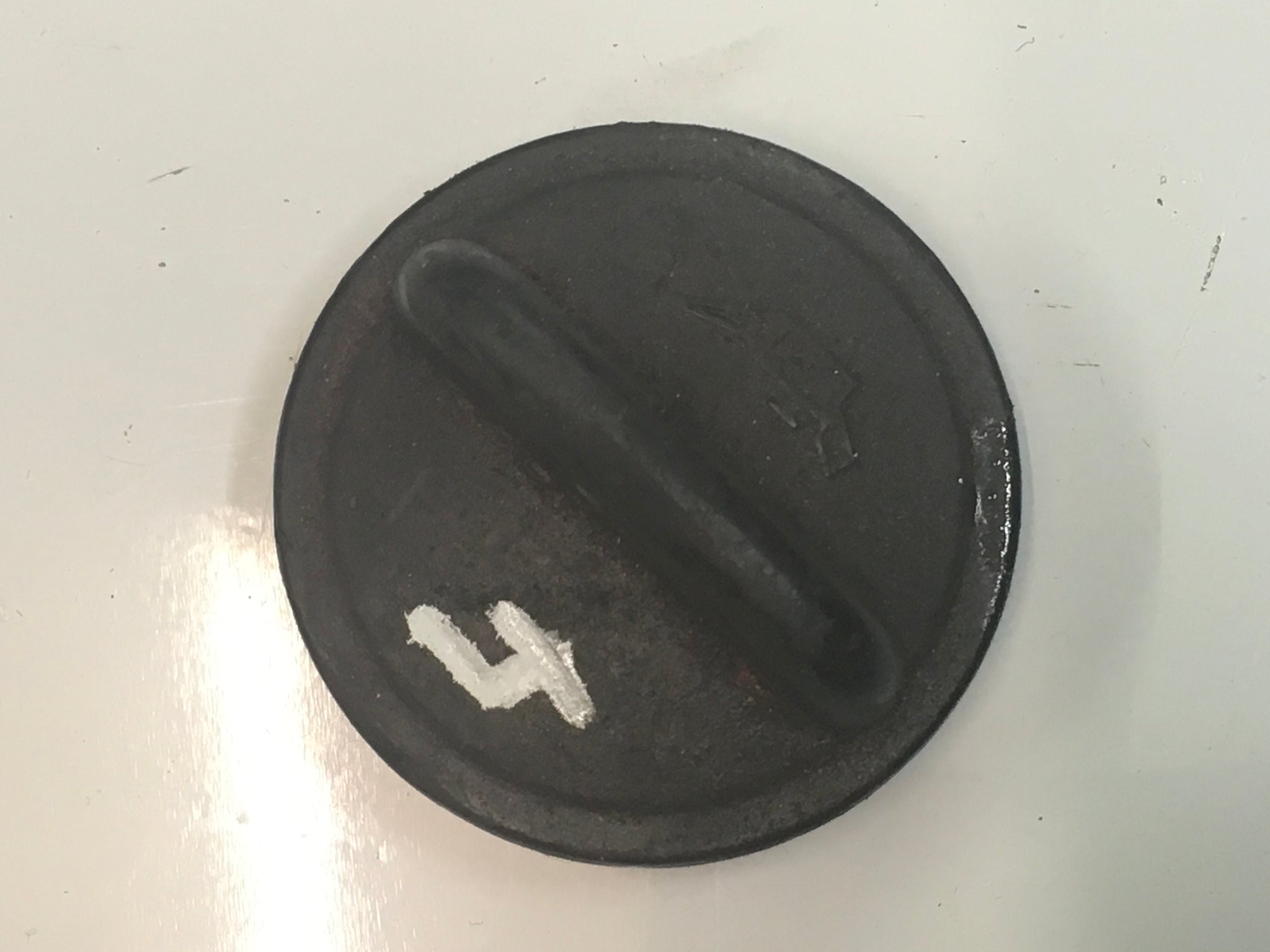 Porsche 924 2.0 oil filler cap 026 103 485 ((CB43)) - Porsche Spares UK Ltd