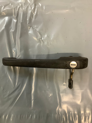 Porsche 924 944 N/S. passenger door handle left with no key 477 837 037H ((LB137)) - Woolies Workshop - Porsche 924 944 spares