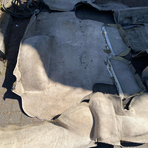 Porsche 944 1986-92 cream carpet set. 8 pieces. Used - Porsche Spares UK - Porsche 924 944 spares