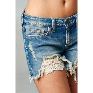 Peak Lace Short