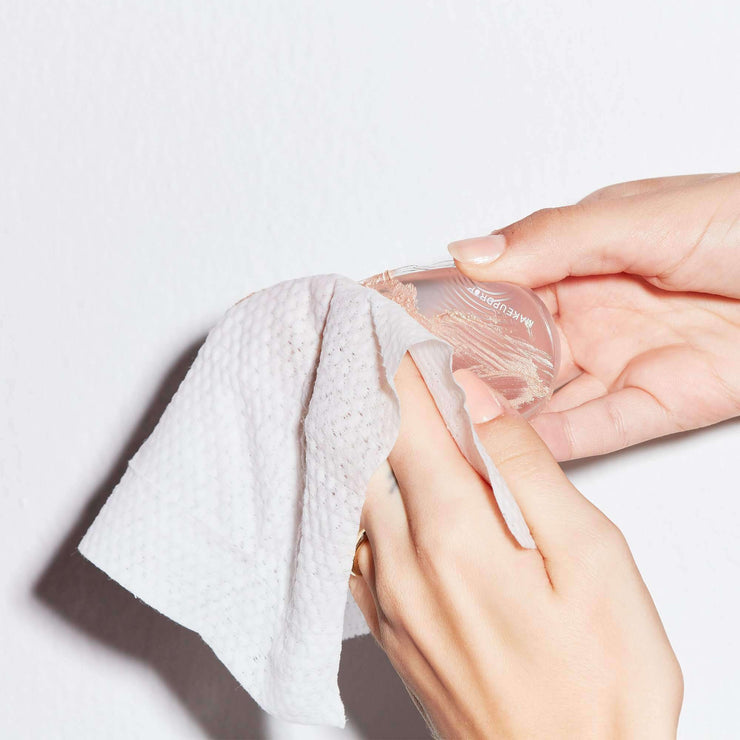 makeup removing wipes all natural being cleaned