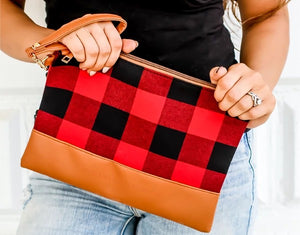 Aspen Wristlet- Red Plaid
