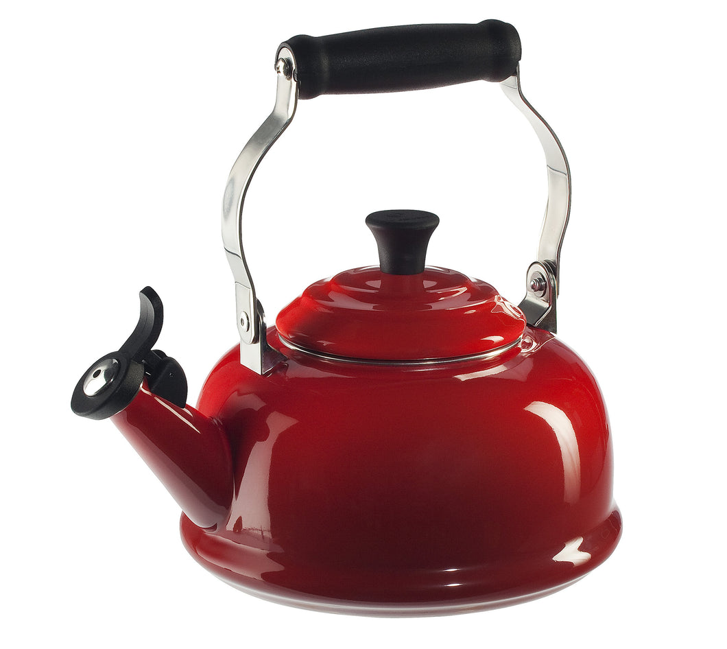 Le Creuset Whistling Kettle 1.7L - Cherry