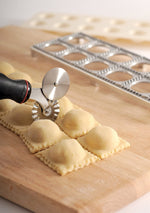 Load image into Gallery viewer, Norpro Ravioli/Pastry Wheel