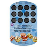 Load image into Gallery viewer, Wilton 24 Mini Whoopie Pie Pan