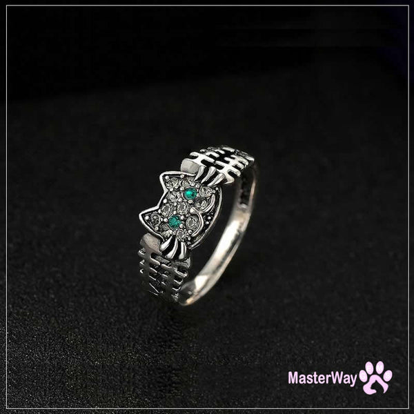 Vintage Retro Cat And Bone Ring Anti Allergenic