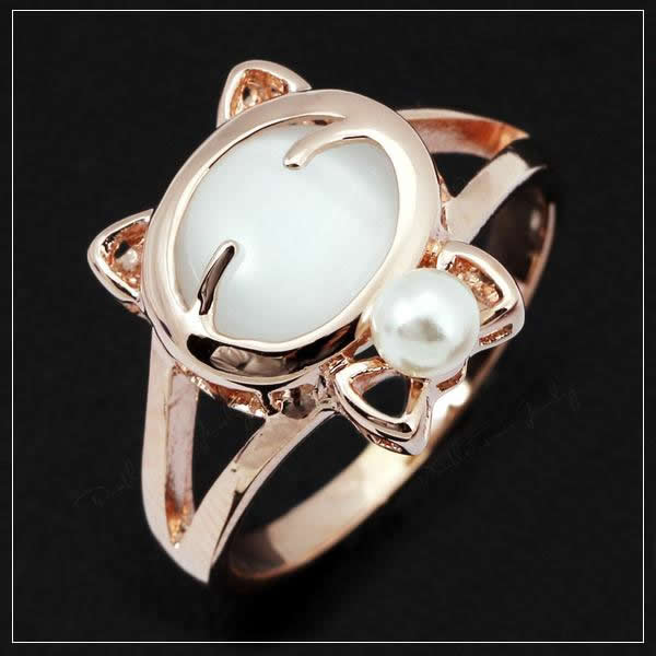 Cat Fashion Crystal Ring with Opal Stone