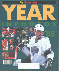 March 31, 1989 The Hockey News NHL 1988 Year In Photos Magazine Wayne Gretzky Mario Lemieux