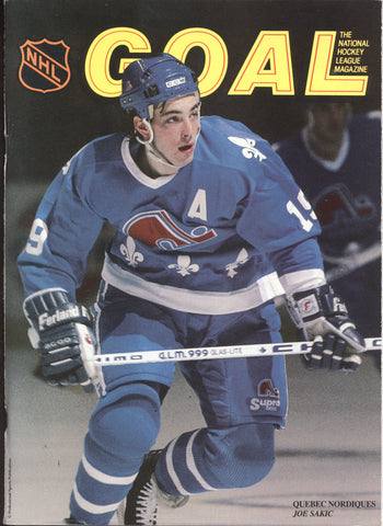 November 1, 1990 Quebec Nordiques - 2 @ Chicago Black Hawks - 6 Program Joe Sackic Jeremy Roenick Ed Belfour