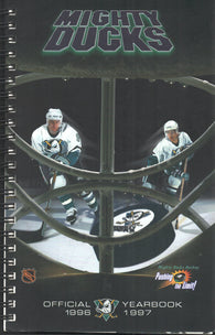 1996-97 Mighty Ducks of Anaheim Media Guide Yearbook Paul Kariya Jari Kurri Teemu Selanne