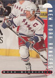 1995-96 Leaf #68 Mark Messier New York Rangers Hockey Card