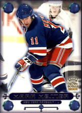 2001 Mark Messier New York Rangers Crown Royale #18 NHL Hockey Card