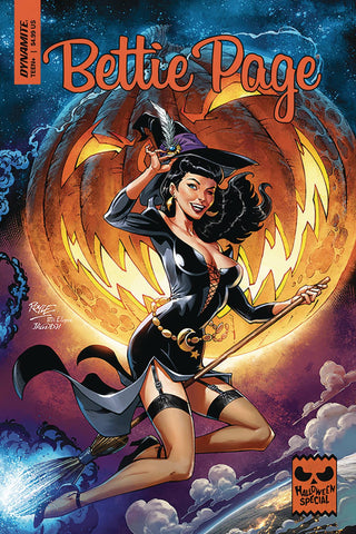 BETTIE PAGE HALLOWEEN SPECIAL ONE SHOT CVR A ROYLE