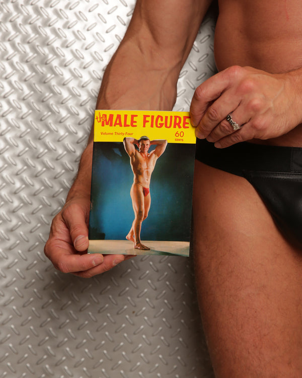 The Male Figure Volume 34