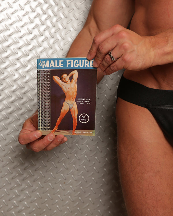 The Male Figure Volume 25