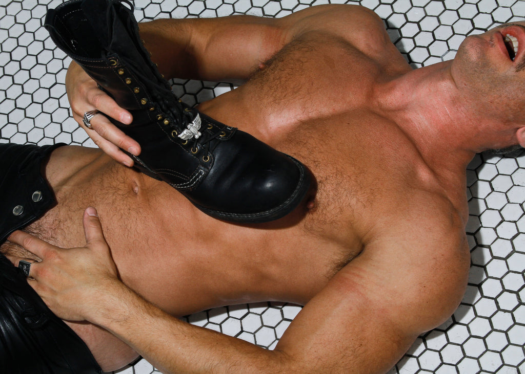 Jonathan Johnson x Tom of Finland FLYING COCK Shoe Link